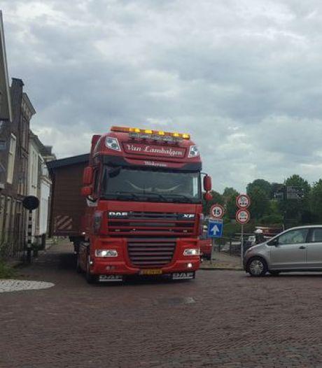 Brielle wuift overlast van caravantransporten naar camping De Meeuw weg