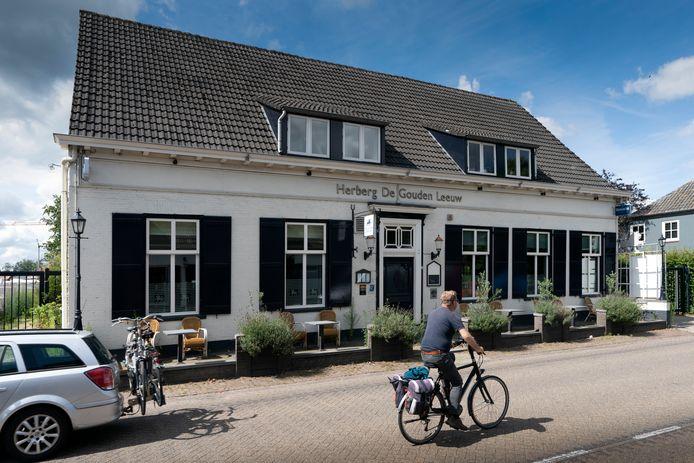 Herberg De Gouden Leeuw aan de Hoogstraat in Berlicum moest de deuren sluiten.