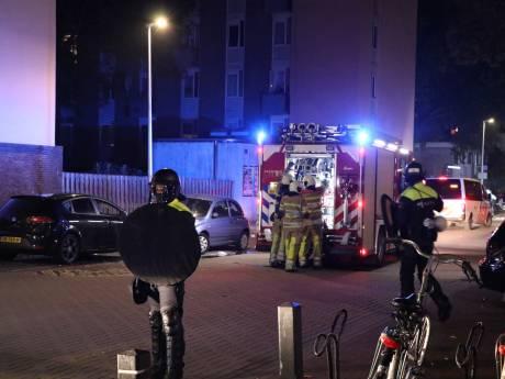 Onrustig in Utrechtse Kanaleneiland: ME in wijk  na autobrand, vuurwerkbom en vernielingen