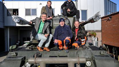 Gepard-tank en vlaggenloper vormen orgelpunt van herdenking Wapenstilstand