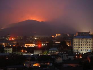 """Zware gevechten in Nagorno-Karabach: """"Woonwijken willekeurig beschoten met raketten"""""""