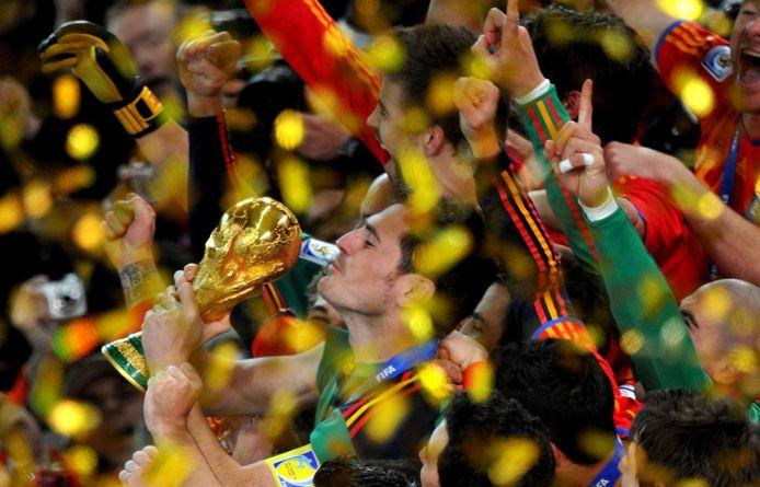 2010: het hoogtepunt uit de loopbaan van Iker Casillas; de wereldbeker nadat in de finale Nederland met 1-0 werd verslagen.