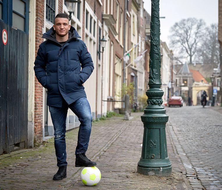 Randy Wolters in zijn thuisstad Leiden. Beeld Phil Nijhuis