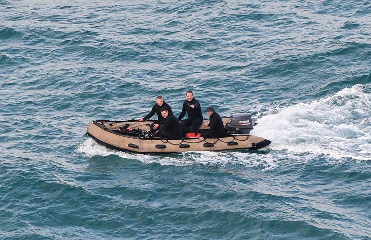 De Australische politie zocht al met boten en duikers naar Théo.