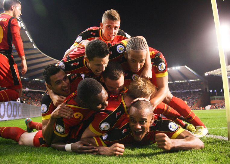 België wint met 2-0 van Schotland in de kwalificatie voor het WK 2014. Kapitein Vincent Kompany ontketent met een fantastisch doelpunt voor een onvergetelijk feestje met beelden die voor altijd op het netvlies gebrand staan.