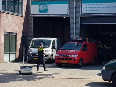 Acht aanhoudingen na grote inval bij bedrijf Wijk en Aalburg