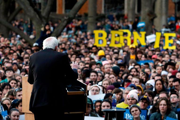 Een bijeenkomst van Bernie Sanders in Michigan. Beeld AFP
