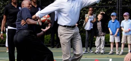 Basketbalshirt Obama levert 120.000 dollar op