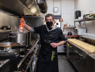 Litus verkoopt soep om zorgpersoneel Blijdorp verwenmoment te bezorgen