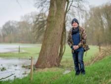 Losserse Eddy brengt gids uit over toevallige ontmoetingen tijdens wandelen