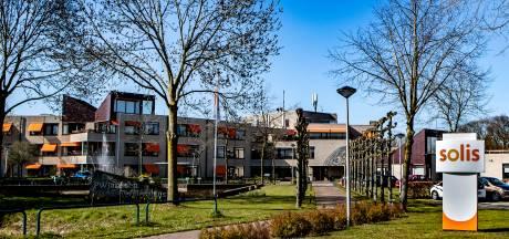 Bewoners overleden na coronabesmettingen bij Deventer zorggroep Solis: 'Snelle opmars raakt ons hard'