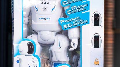 Astro Bot Gear2Play- robot 8/10