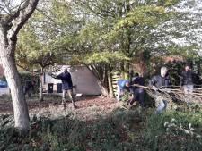 Bewoners Kardinaal Alfrinkweg in Weerselo knappen buurt zelf op