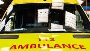 Drie leerlingen gewond tijdens schooluitstap: lading valt van vrachtwagen net wanneer ze passeren