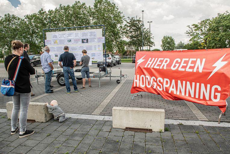 Burgerplatform Leefbaar E403 vond medestanders op de infomarkt van Elia.
