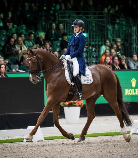 Ziek paard grote domper voor amazone Witte-Vrees op Indoor Brabant