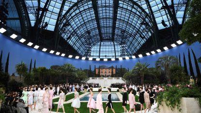Zomerhuis met zwembad bij Chanel (maar waar is Lagerfeld?)