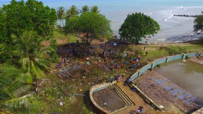 VIDEO. Luchtbeelden tonen enorme ravage na tsunami in Indonesië