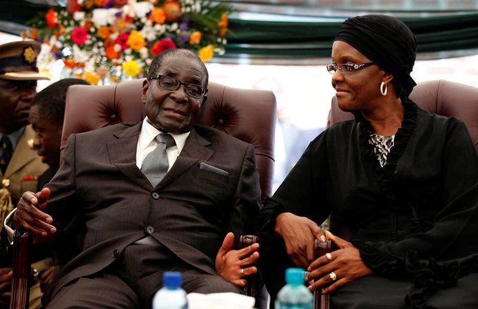 Robert Mugabe, president van Zimbabwe, en zijn vrouw Grace.