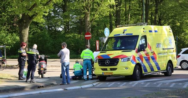 Scooterrijder naar het ziekenhuis na botsing in Sint-Michielsgestel.