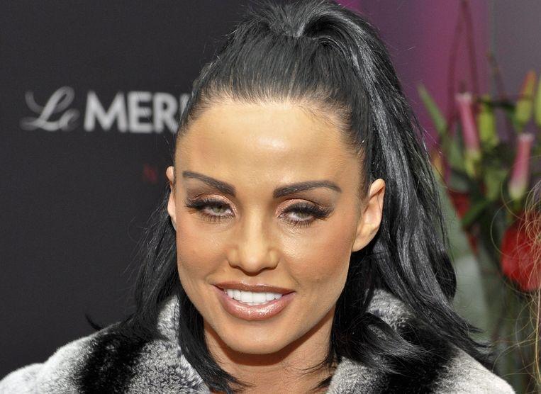 Katie Price ging te ver toen ze beelden van haar facelift toonde, aldus fans.