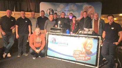 Internetradio 'Victoria Carnaval Continu' zendt de klok rond carnavalsmuziek uit