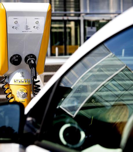 Cruisen in een van de vijf duurzame elektrische leaseauto's van de gemeente