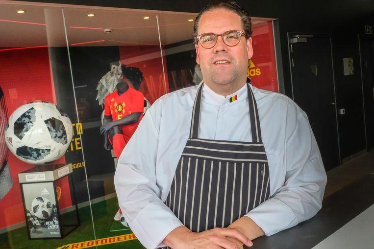 """Bartel Dewulf, chef-kok van de Rode Duivels. """"Bondscoach Martinez beseft heel goed hoe belangrijk de schakel voeding is."""""""