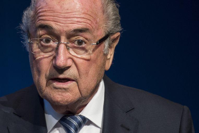 Sepp Blatter, die dinsdag aankondigde terug te zullen treden als Fifa-voorzitter. Hij was vorige week vrijdag net herkozen voor een vijfde termijn. Beeld ap