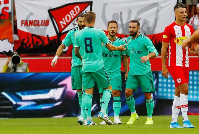 Real Madrid in het groen.