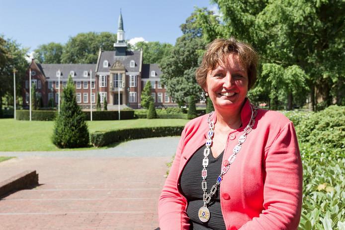 Burgemeester Liesbeth Spies