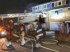 Logé slaat alarm over uitslaande brand, woning in Maartensdijk onbewoonbaar