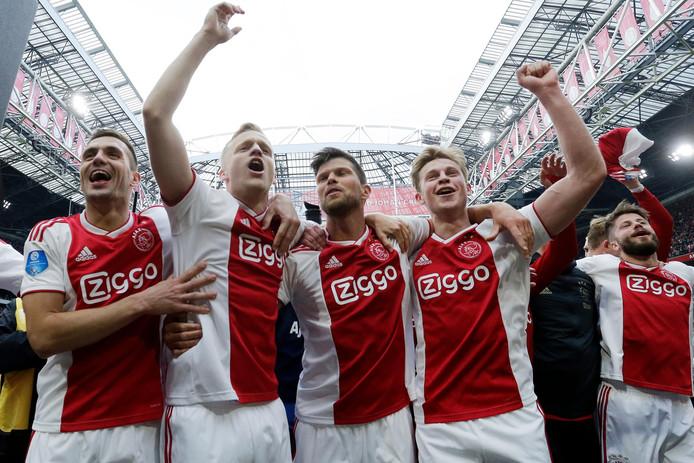 Dusan Tadic, Donny van de beek, Klaas-Jan Huntelaar, Frenkie de Jong en Lasse Schöne.