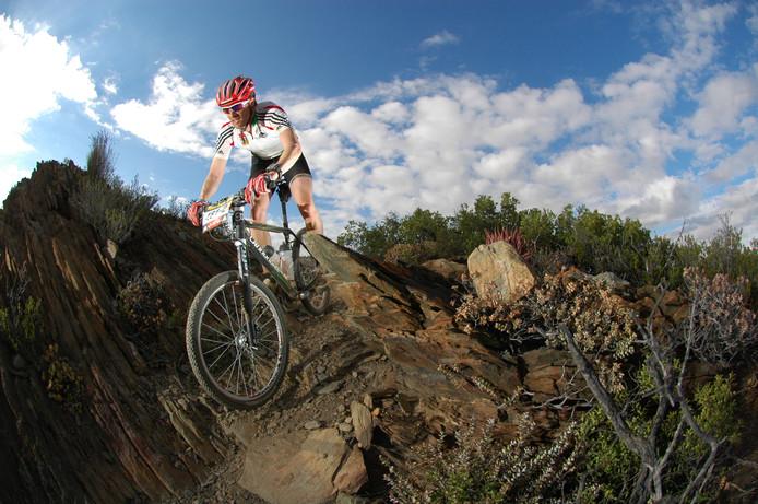 Onno Houwer  reed zelf ook op een aardig niveau op de mountainbike. De Apeldoorner deed zelfs mee aan Cape Epic, een meerdaagse MTB-wedstrijd in Zuid-Afrika die erg hoog aangeschreven staat.