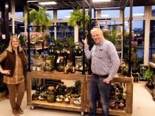 Bloemenzaak Jan Tit verhuist en heeft bloemen 'uit de muur'