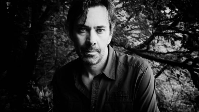 """Lockdown doet Gert Keunen andere weg inslaan: """"Afspreken met de muzikanten mocht niet, dus creëerde in nieuw album Heis helemaal alleen"""""""