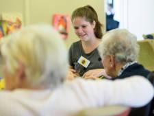 'Zonnetje' zet thee voor demente ouderen in Best
