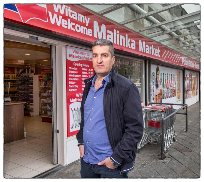 Baghi is eigenaar van supermarkt Malinka.
