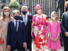 Masquée, mais avec goût: la famille royale montre l'exemple, à l'exception du prince Laurent