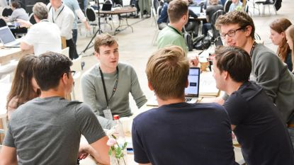 Diamant haalt sterke ideeën uit eerste hackathon