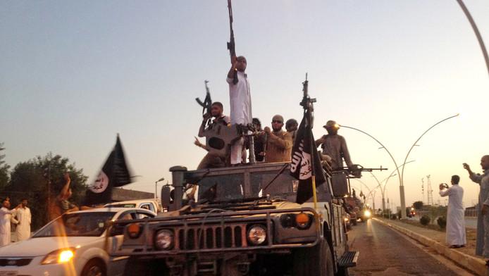 Des combattants de l'EI à Mosul, Irak