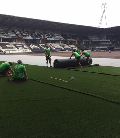 Aanleg nieuw kunstgras Polman Stadion begonnen