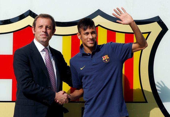 Neymar bij zijn presentatie voor Barcelona.