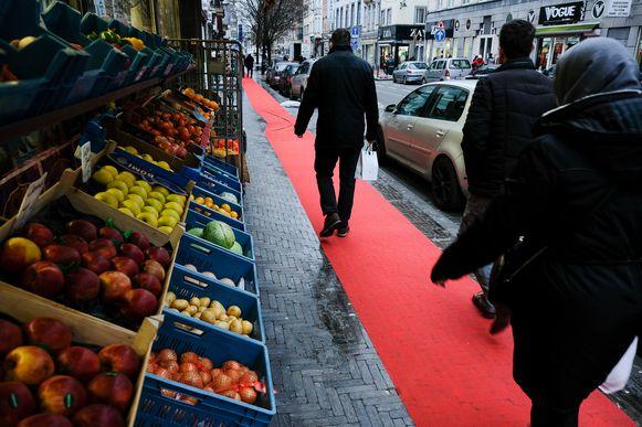 rode loper op Gentsesteenweg in Molenbeek