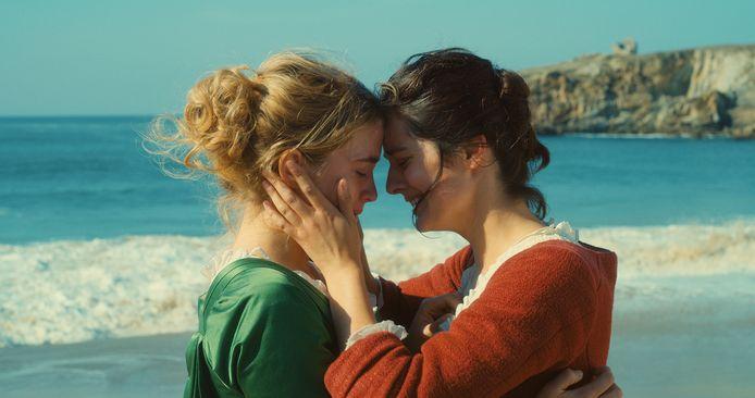 Portrait de la jeune fille en feu, de nieuwe film van regisseur Céline Sciamma (Tomboy, Girlhood), is een tijdloos en universeel verhaal over verliefd worden, verlangen en onmogelijke liefde.