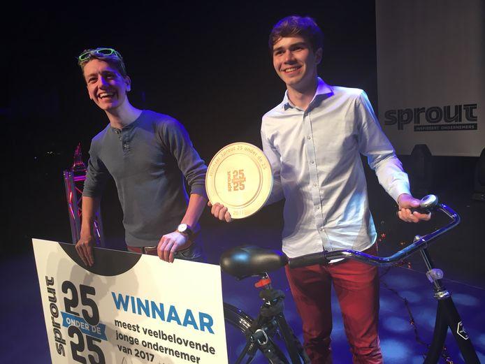 Ruben van Vreeland (links) en Alex Dings van Bitsensor werden in 2017 door ondernemersplatform Sprout uitgeroepen tot beste jonge ondernemers van 2017 (archieffoto).