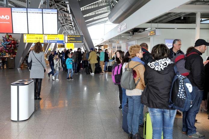 Vertrekhal Eindhoven Airport