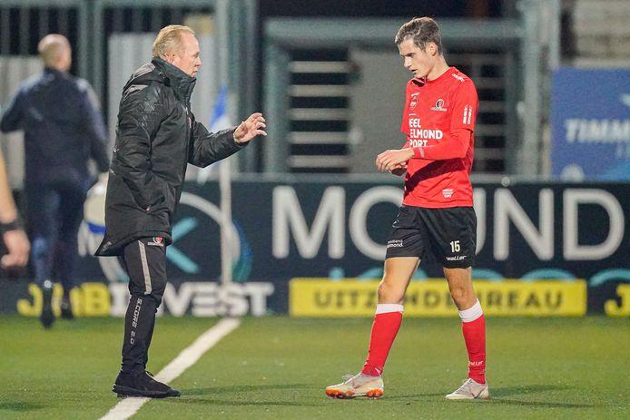 Wil Boessen staat vrijdag weer langs de lijn bij Helmond Sport, nadat hij donderdag negatief testte op corona.