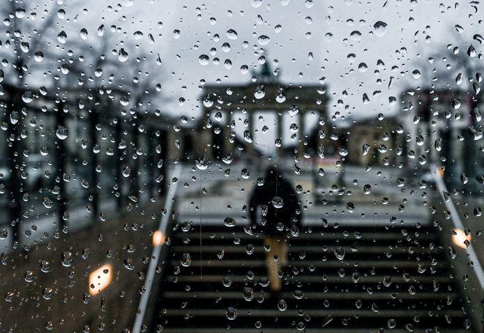 In conversaties tekent zich het plan af voor een tweede onderwereldmoord: die op 'Noffel', in de nazomer van 2015 in Berlijn.