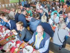 Geen gezamenlijk ontbijt, maar een welkomst-tasje voor nieuwe inwoners